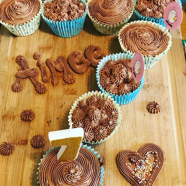 #birthdaycupcakes #chocolatebuttercream