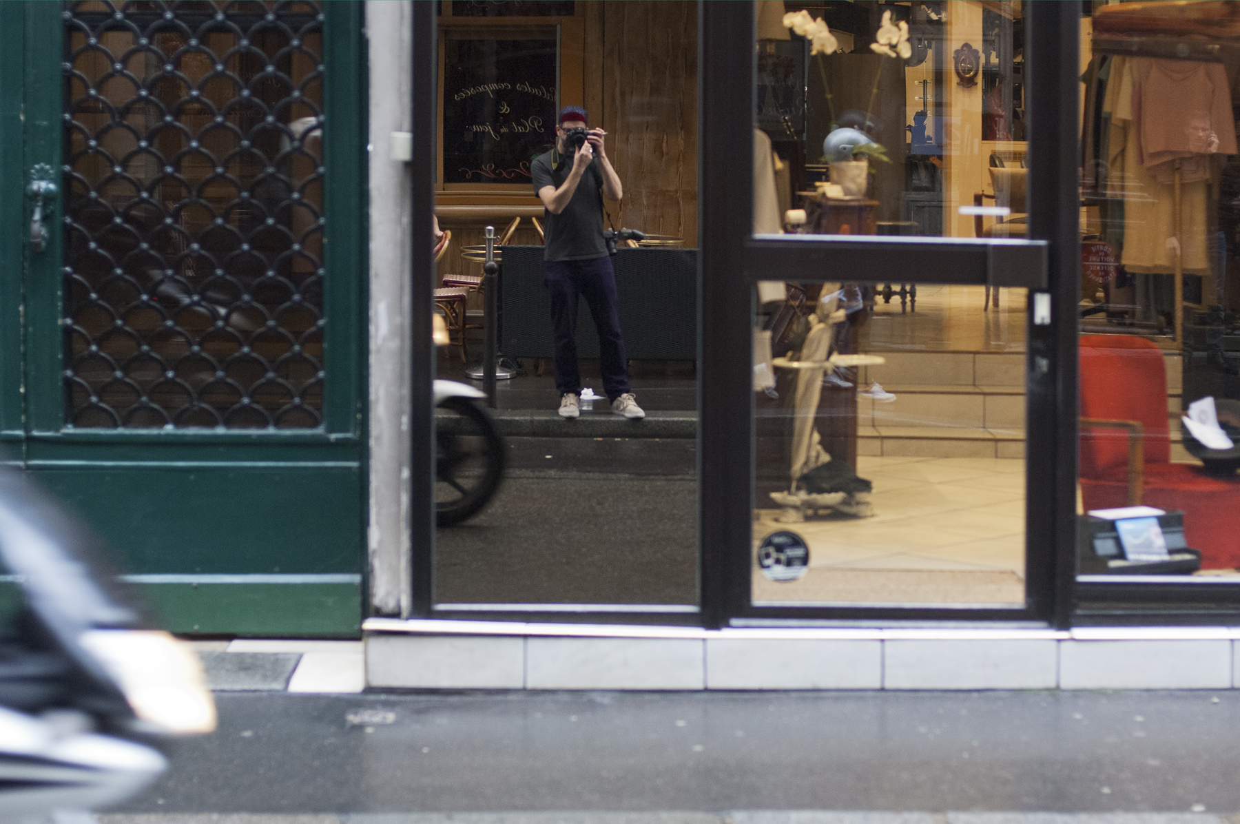 Self-portrait, Rue de Richelieu, November 2014.