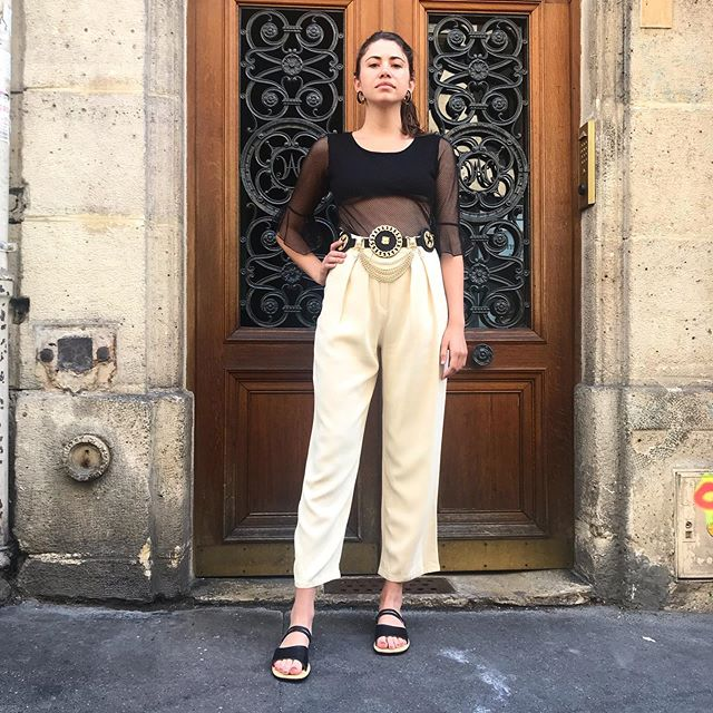 Michelle is wearing a Sonia Rykiel pants, 2000s top and a 80s belt 🔥 . . . .  #vintage #vintageshop #vintageparis #vintageshopping #friperie #friperieparis #friperieenligne #headlessparis #pigalle #sopi #shoppinginparis #parisienne #paris #ootd #ootdfashion #outfit #outfitinspiration #soniarykiel #beautiful #80sbelt