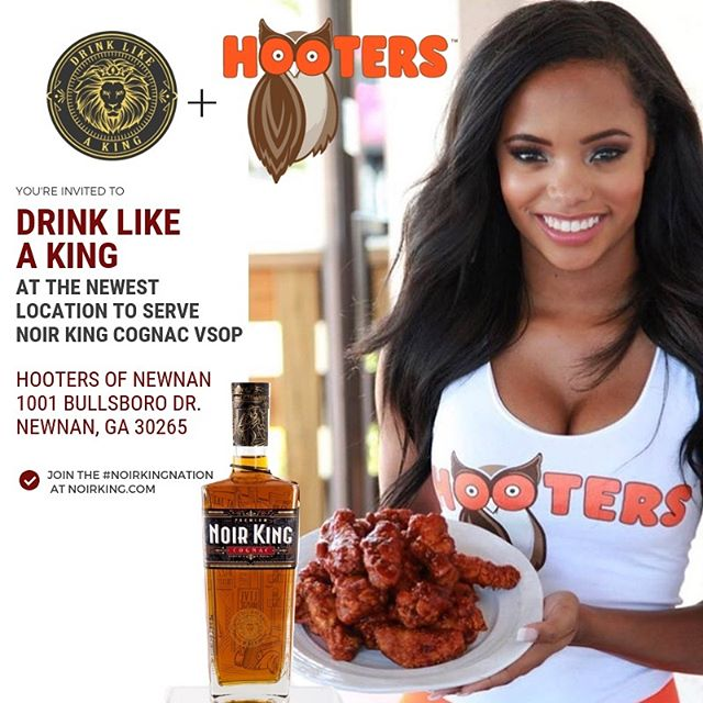 Good news #Newnan #Georgia, the King has arrived at @HootersOfNewnan! Come experience the exquisite taste of #NoirKingCognac paired with wings and lovely ladies. Ask for us by name! Look out for more @Hooters locations to carry #NoirKing and join the #NoirKingNation to get new updates.