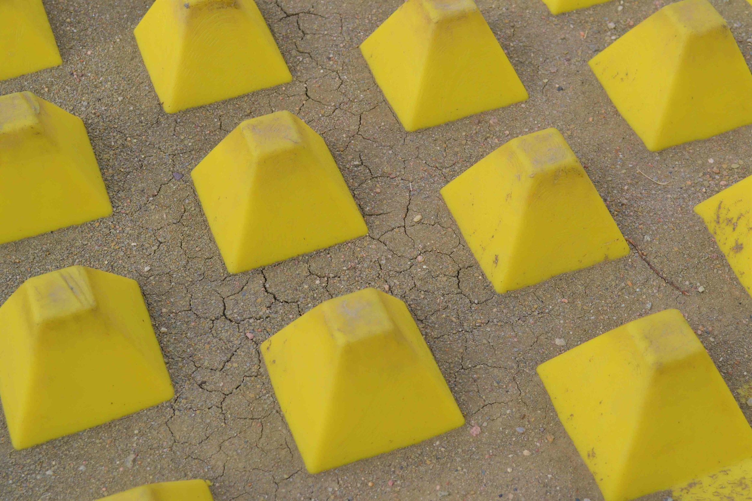 CU_constructionEntranceBMPOnPavement_stabilizedConstructionEntrance_constructionMaterials_PlasticConstructionPanelMats_bmpConstructionEntrance_rumblePlates_compositeExitGrids_FODS.jpg