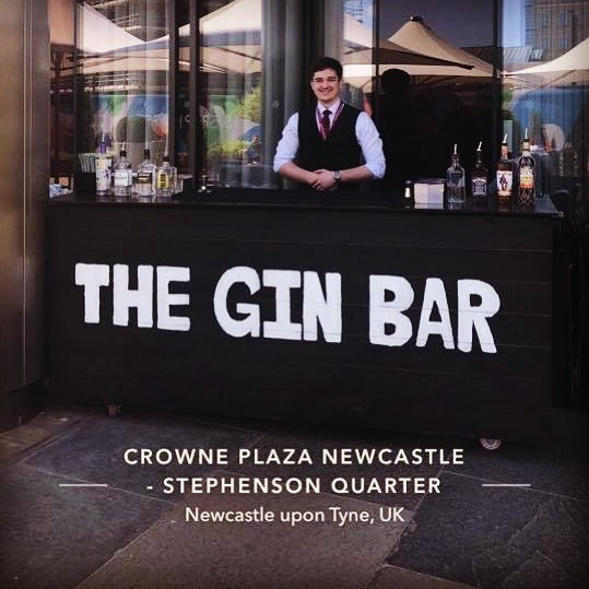 What better way to start your bank holiday weekend then having your favourite drinks in the sun!