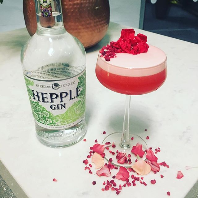 Happy Valentine's Day to everyone in a happy relationship with Gin