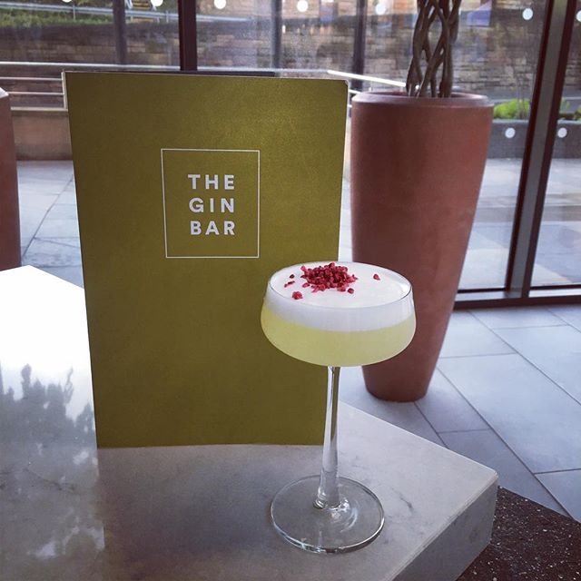 It's never too early to get excited for summer. Cocktails on the terrace anyone? 🥂☀️