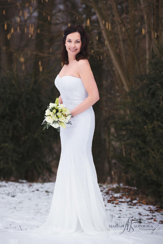 05zimni-svatebni-portret-nevesty-bozenov-zabreh-na-morave.jpg