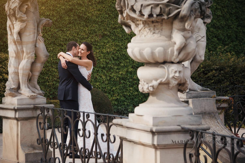 08profesionalni-svatebni-fotograf-praha-vrtbovska-zahrada.jpg