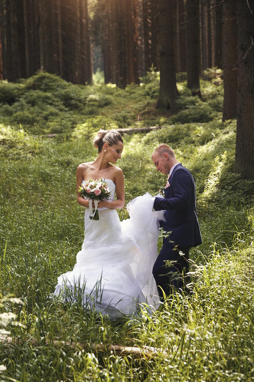 04foceni-svateb-olomoucky-kraj-kraj-zenich-s-nevestou-na-rejvizu
