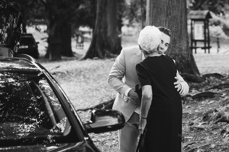 07reportazni-svatebni-fotografie-hrad-bouzov-pred-svatebnim-obra