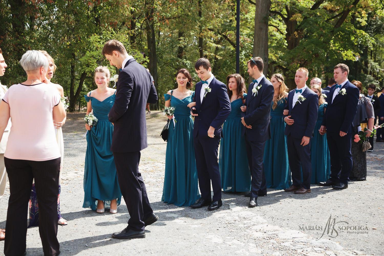 10reportazni-svatebni-fotografie-hrad-bouzov-pred-svatebnim-obra