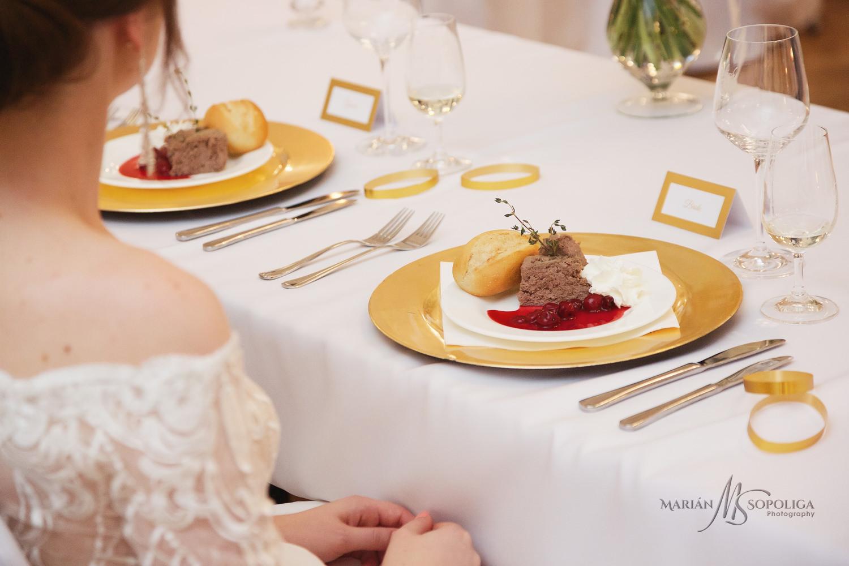 55reportazni-svatebni-fotografie-ze-svatby-v-dome-u-parku-v-olom