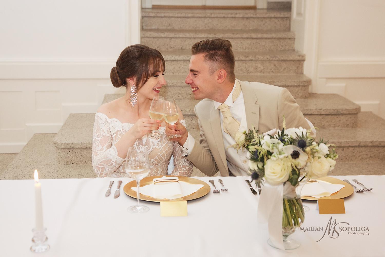 54reportazni-svatebni-fotografie-ze-svatby-v-dome-u-parku-v-olom