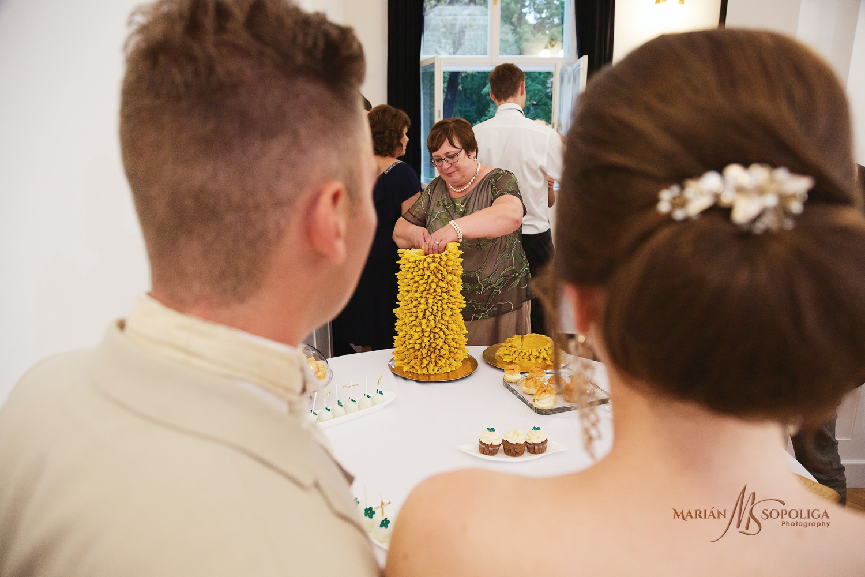 64reportazni-svatebni-fotografie-ze-svatby-v-dome-u-parku-v-olom