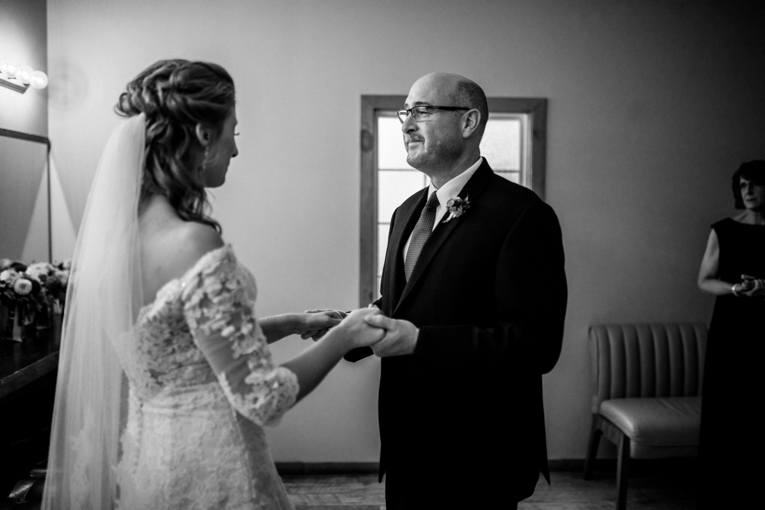 father-first-look-with-bride.jpg
