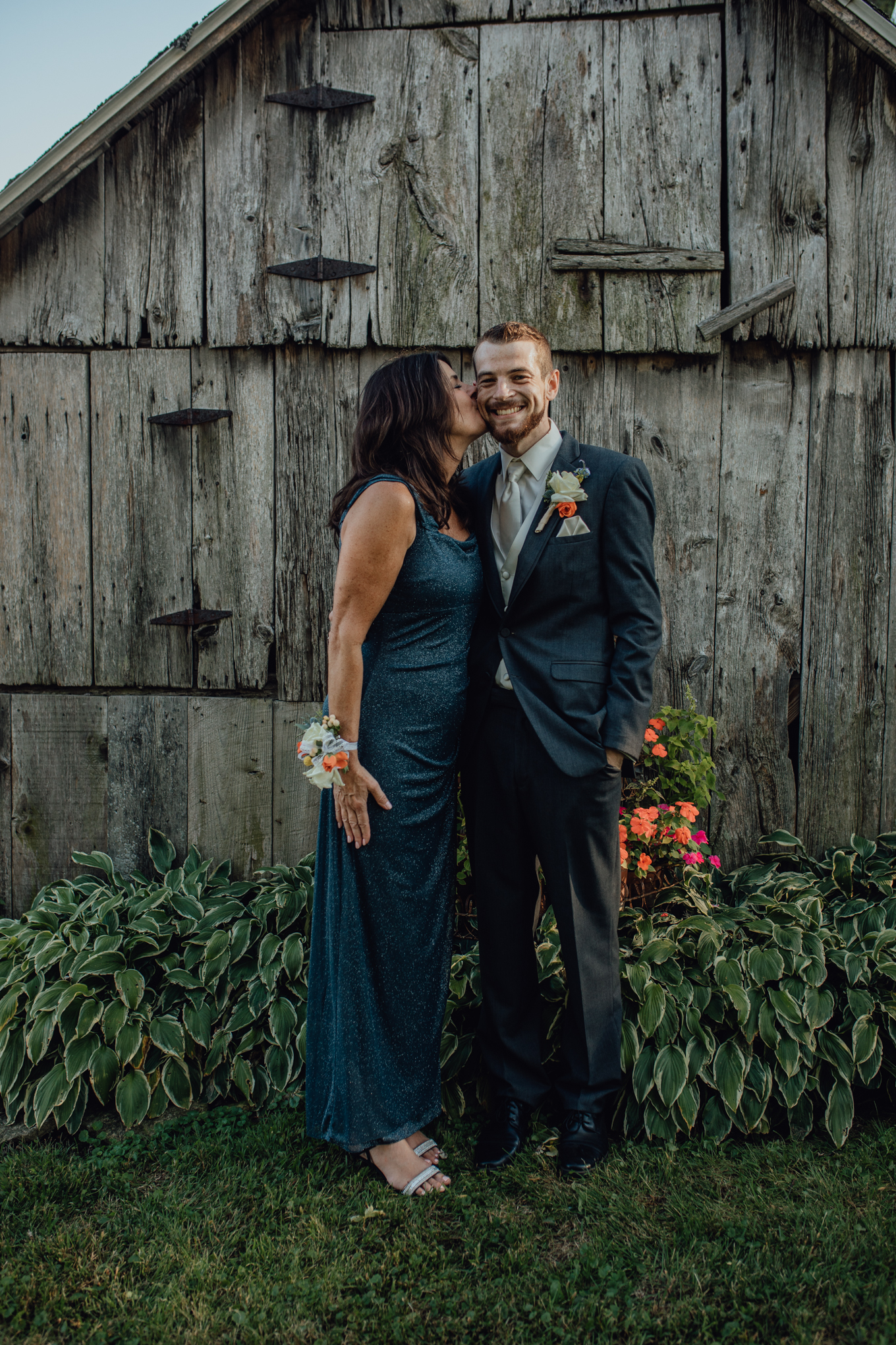 mother and groom portrait at oak hill weddings