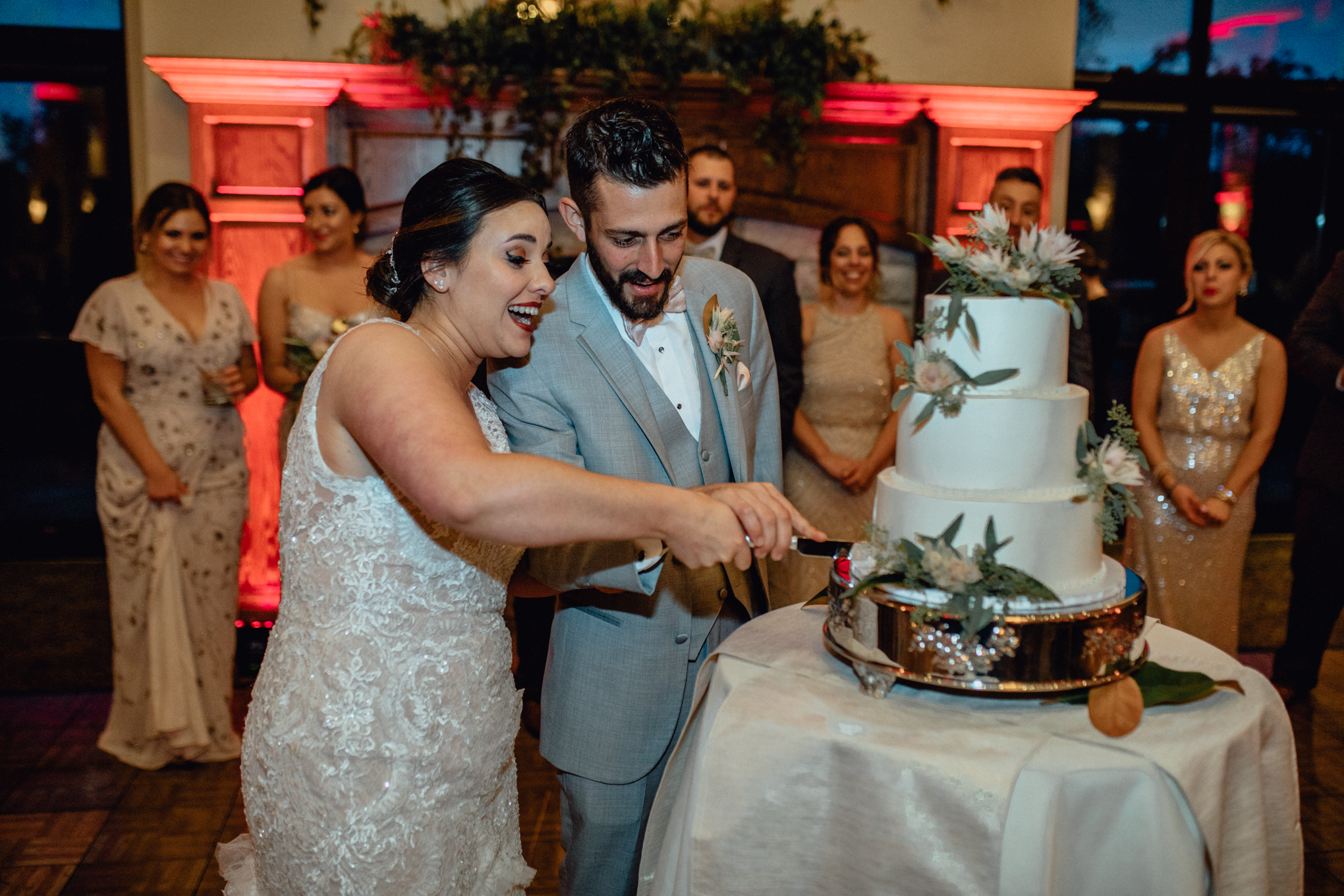 bride-and-groom-cutting-cake-at-brandybrook.jpg