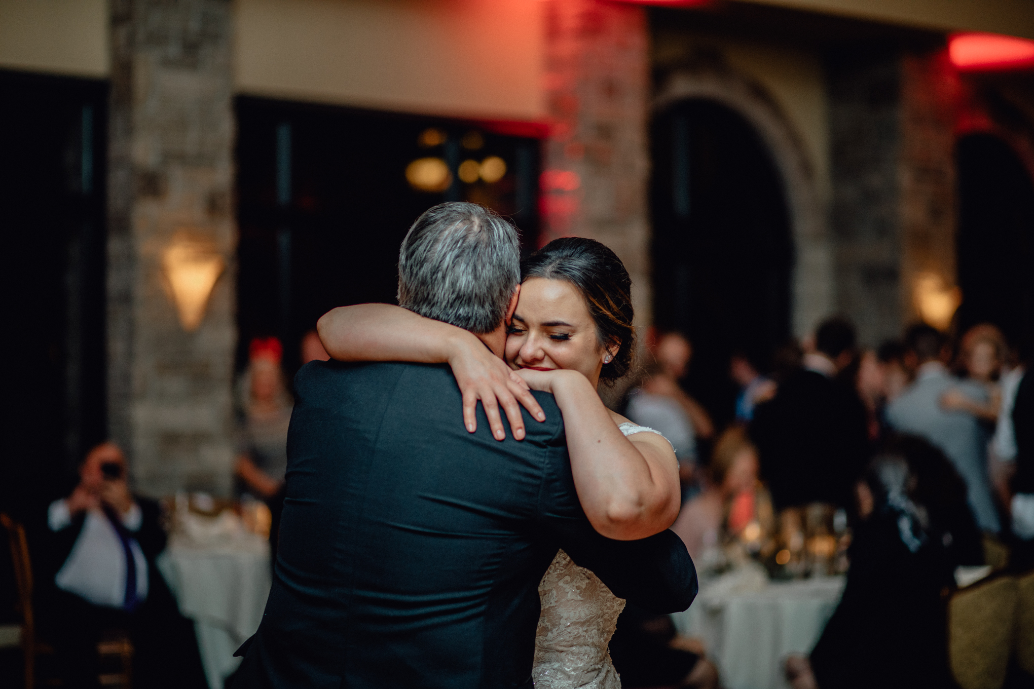 father-and-bride-dance-at-brandybrook.jpg