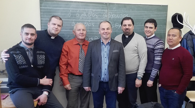 Students and the professor of Greek (in the center).