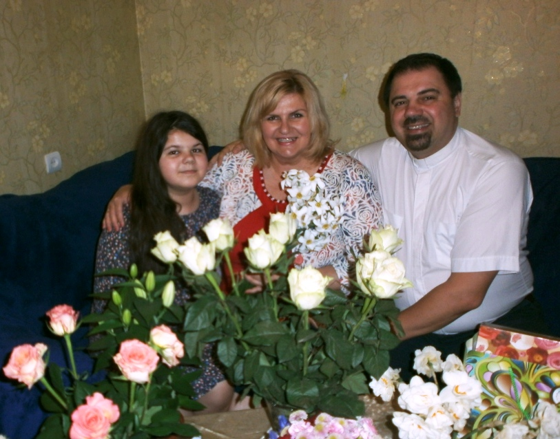Pastor Timur with wife Olga and daughter Kate