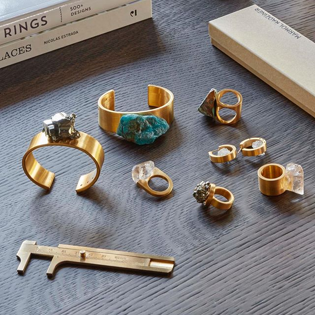 See our Stone Collection at our upcoming trunk show with @dosaflyingfish and @kilometre.paris at @amareesnewport, August 18-19. Find the perfect handpicked stone for a gold-plated brass ring, cuff, or earring. Monday 1-6pm, cocktails 6-8pm, and Tuesday 1-6pm. Photo by @rogerdaviesphotography