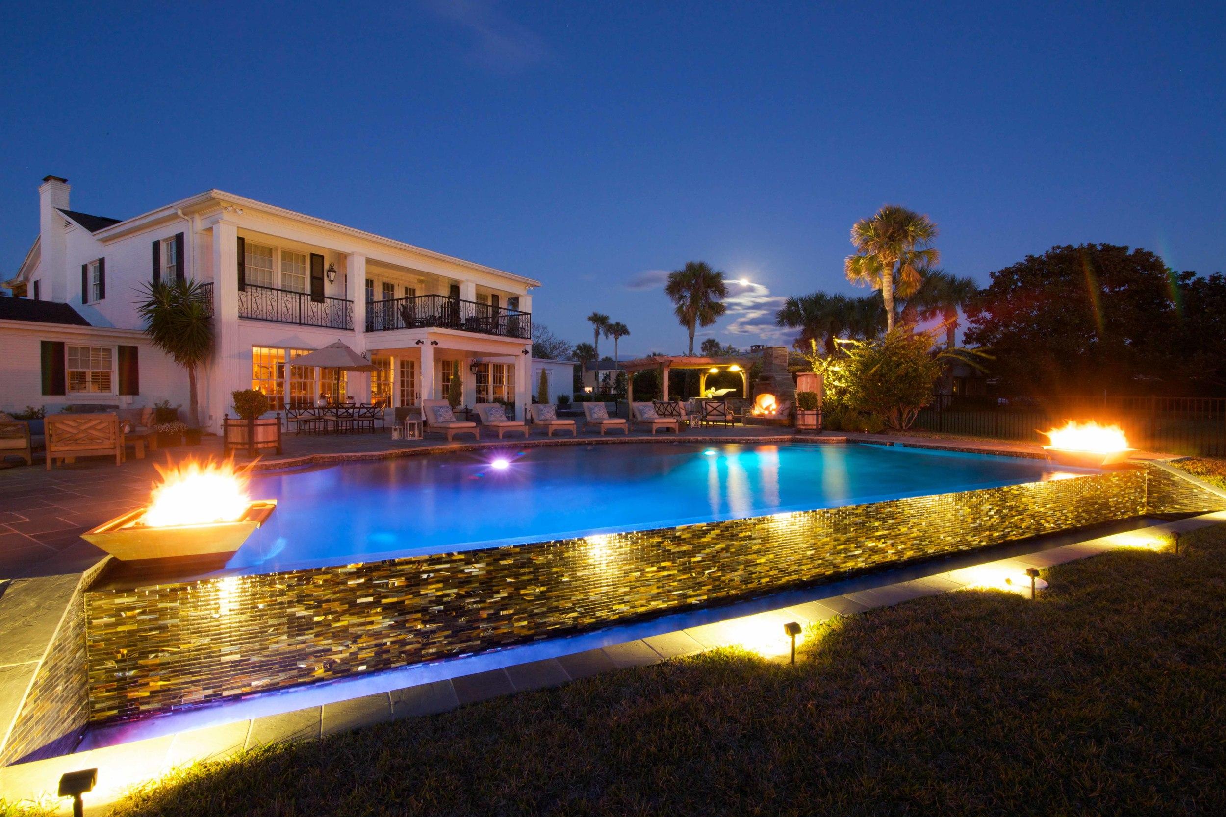 Seamless waterfire - Kevin Coastal Luxury.jpg