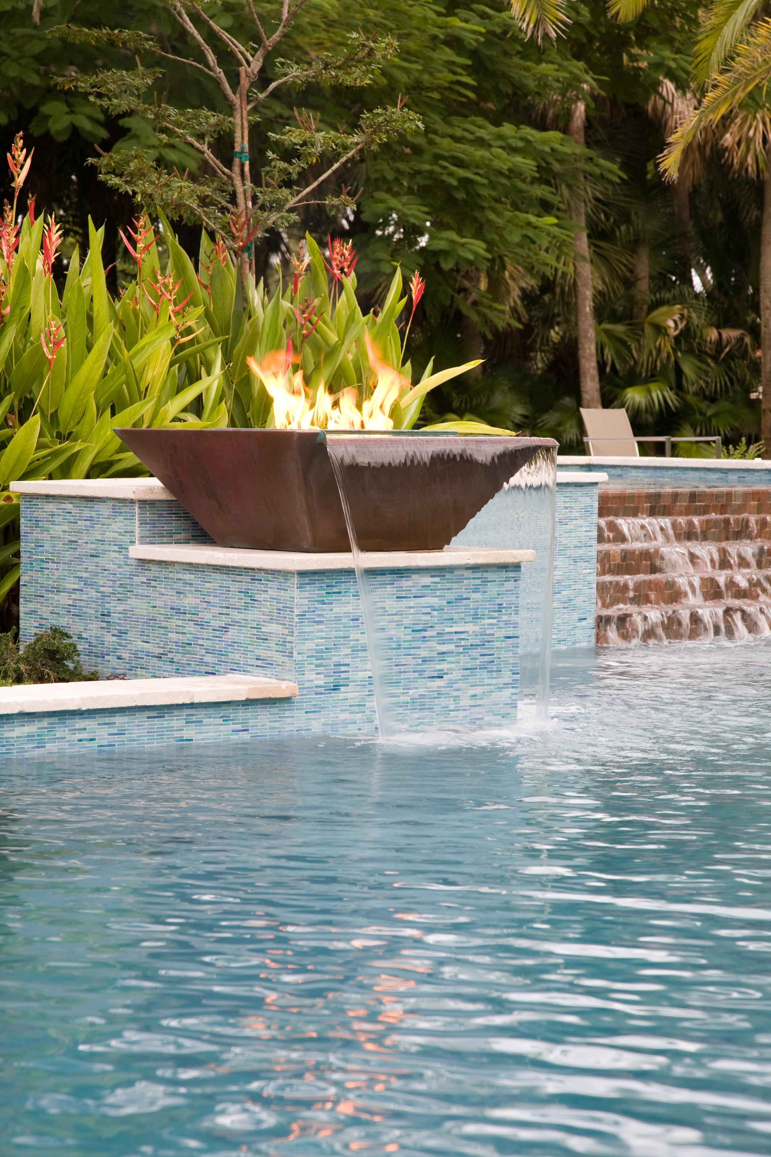 Seamless Lip Water/Fire Pot (Copper)