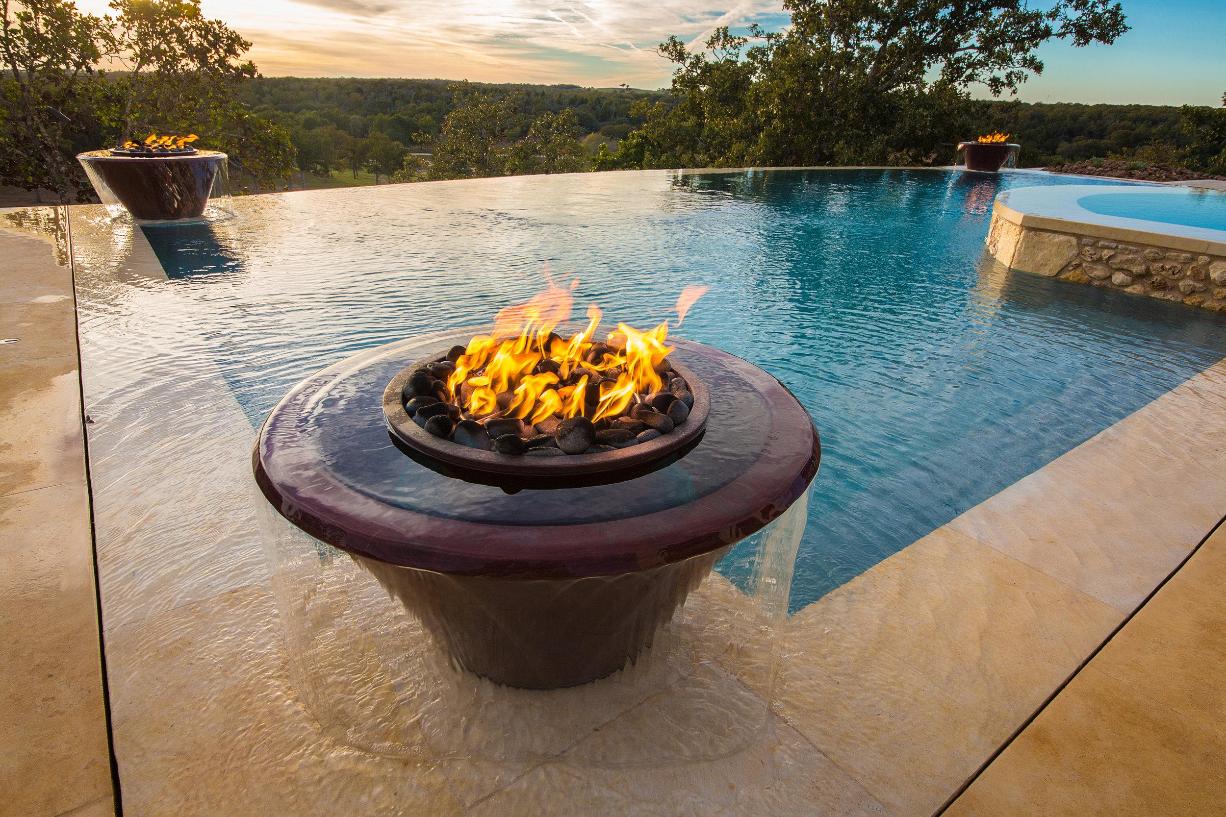 TORCH 360° - WATER & FIRE BOWLS