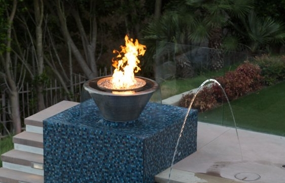 Avanti Pools 36x16 360 spill po pot with fire pan.jpg