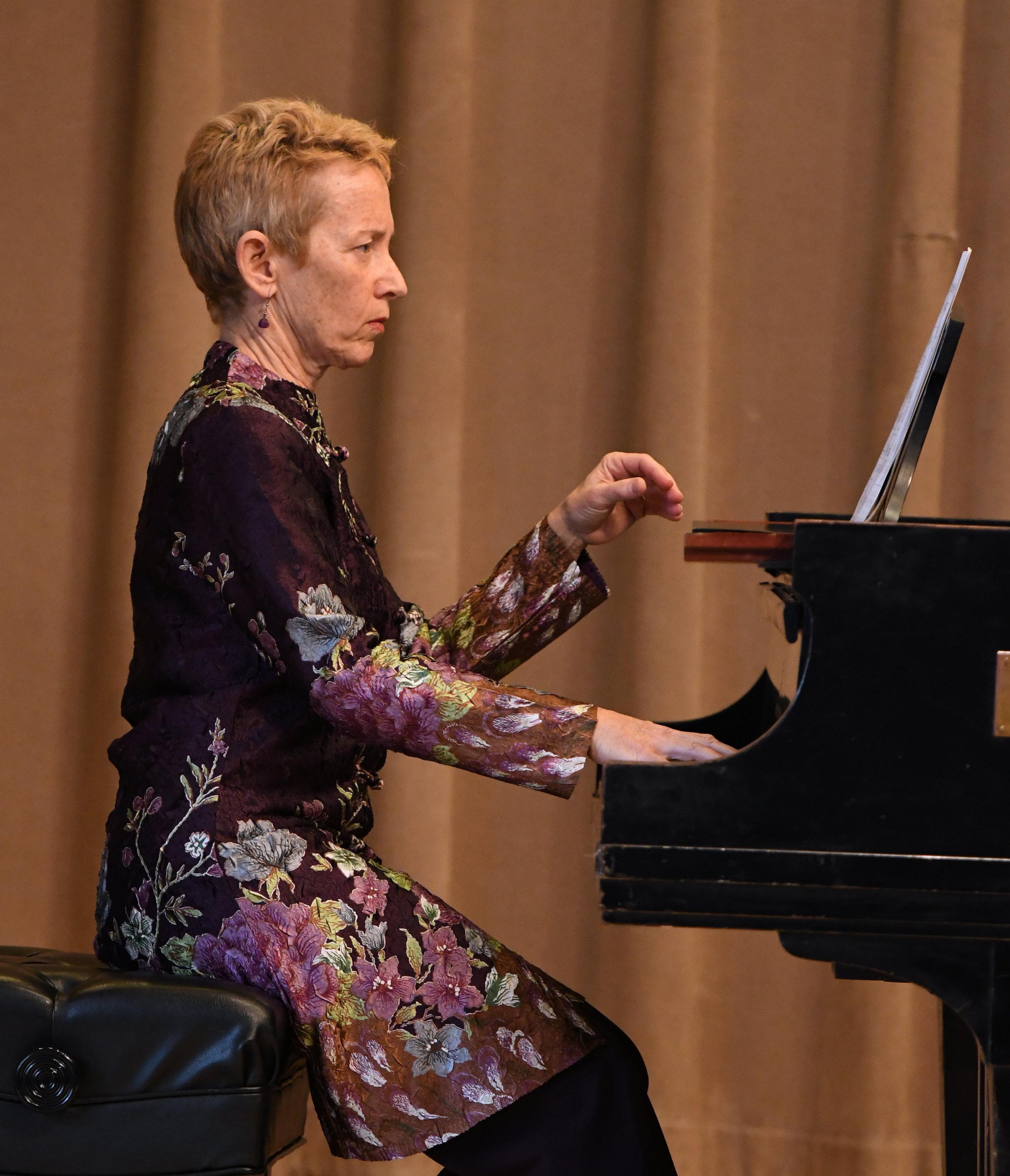 "Linda Reichert performs ""Nocturne"" by John Harbison"