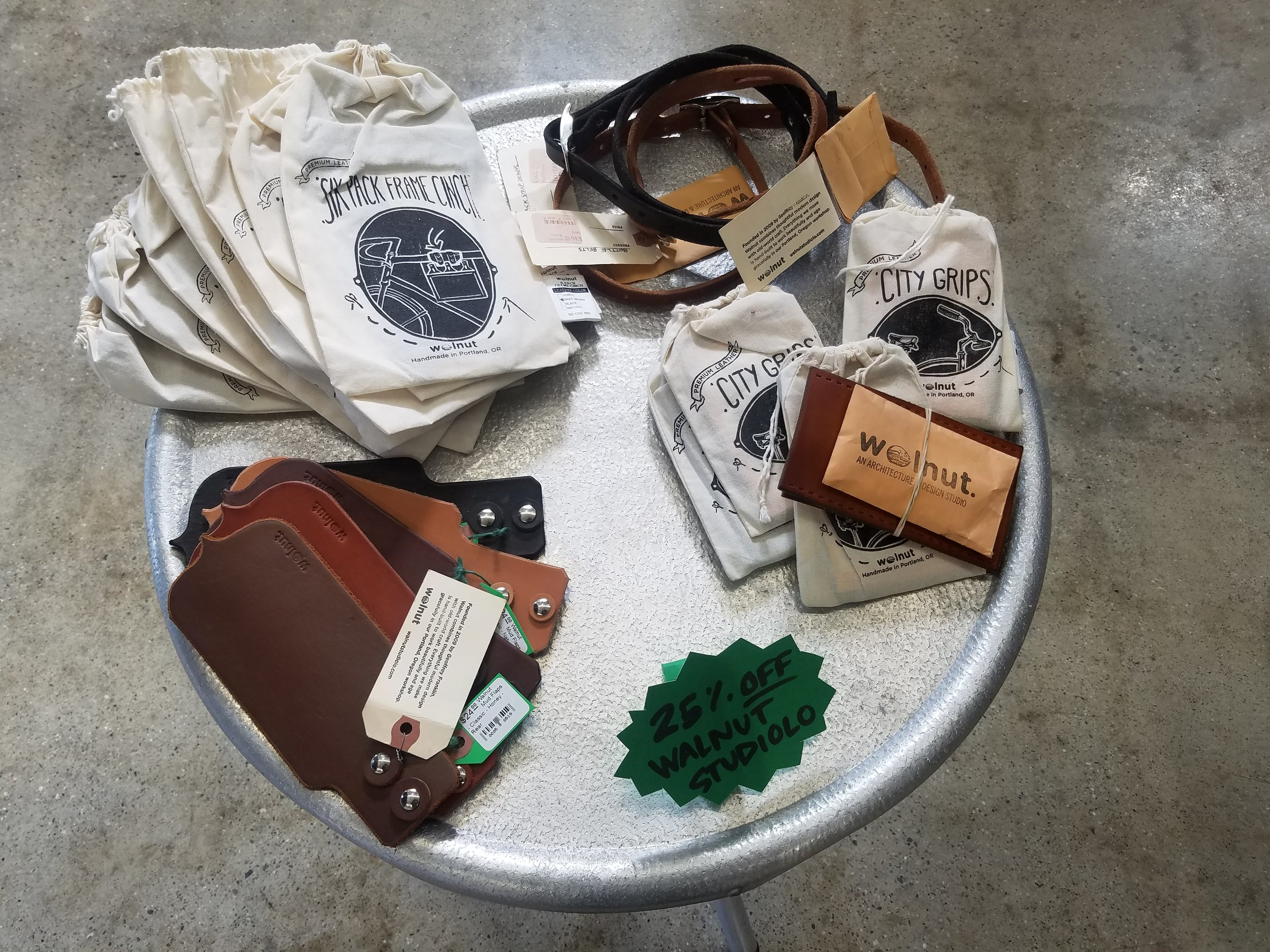 Walnut Studiolo Leather Goods