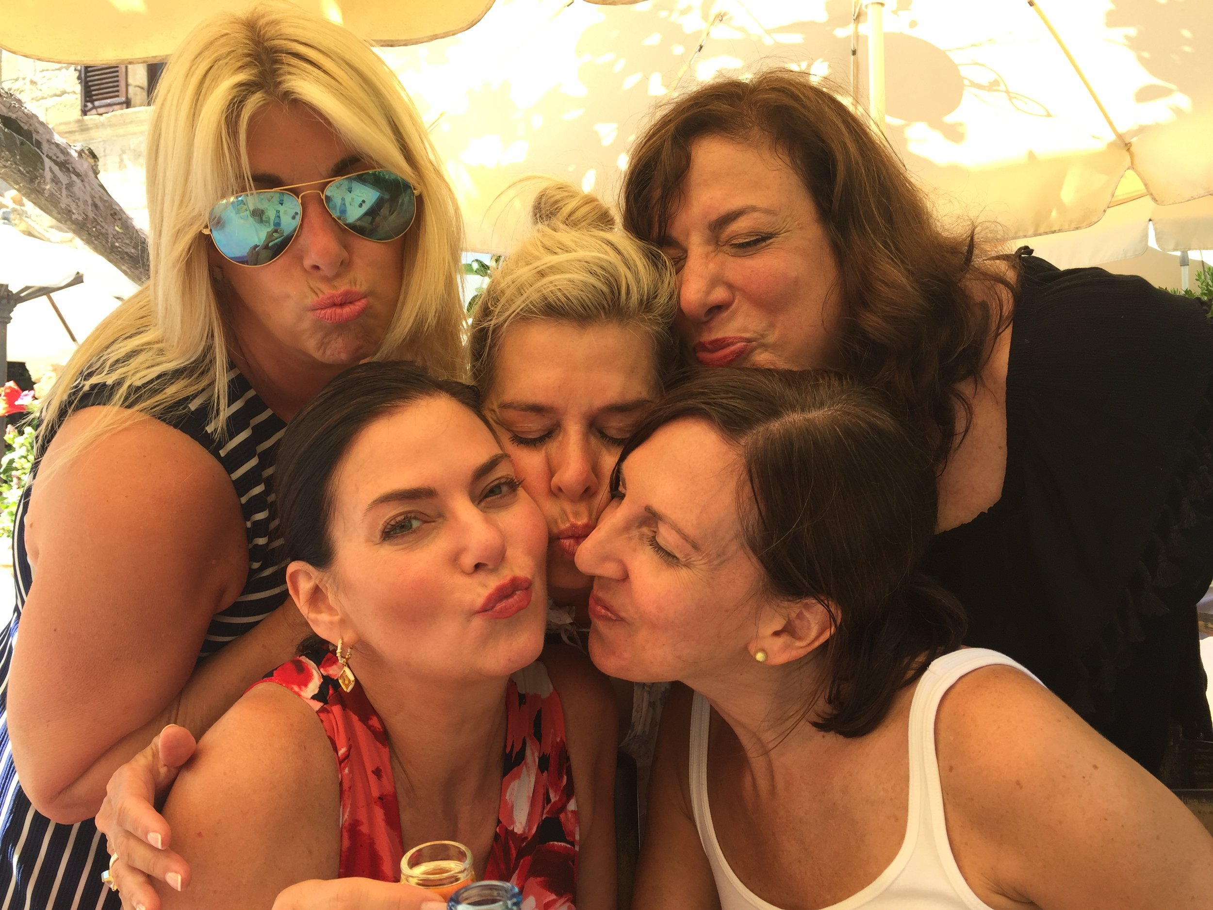 Group Kisses