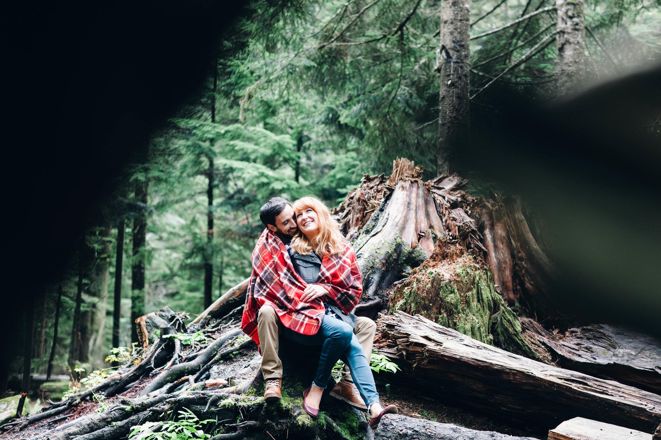 Ryan+Nicole_Franklin+Falls+Engagement_APW2016_25.JPG