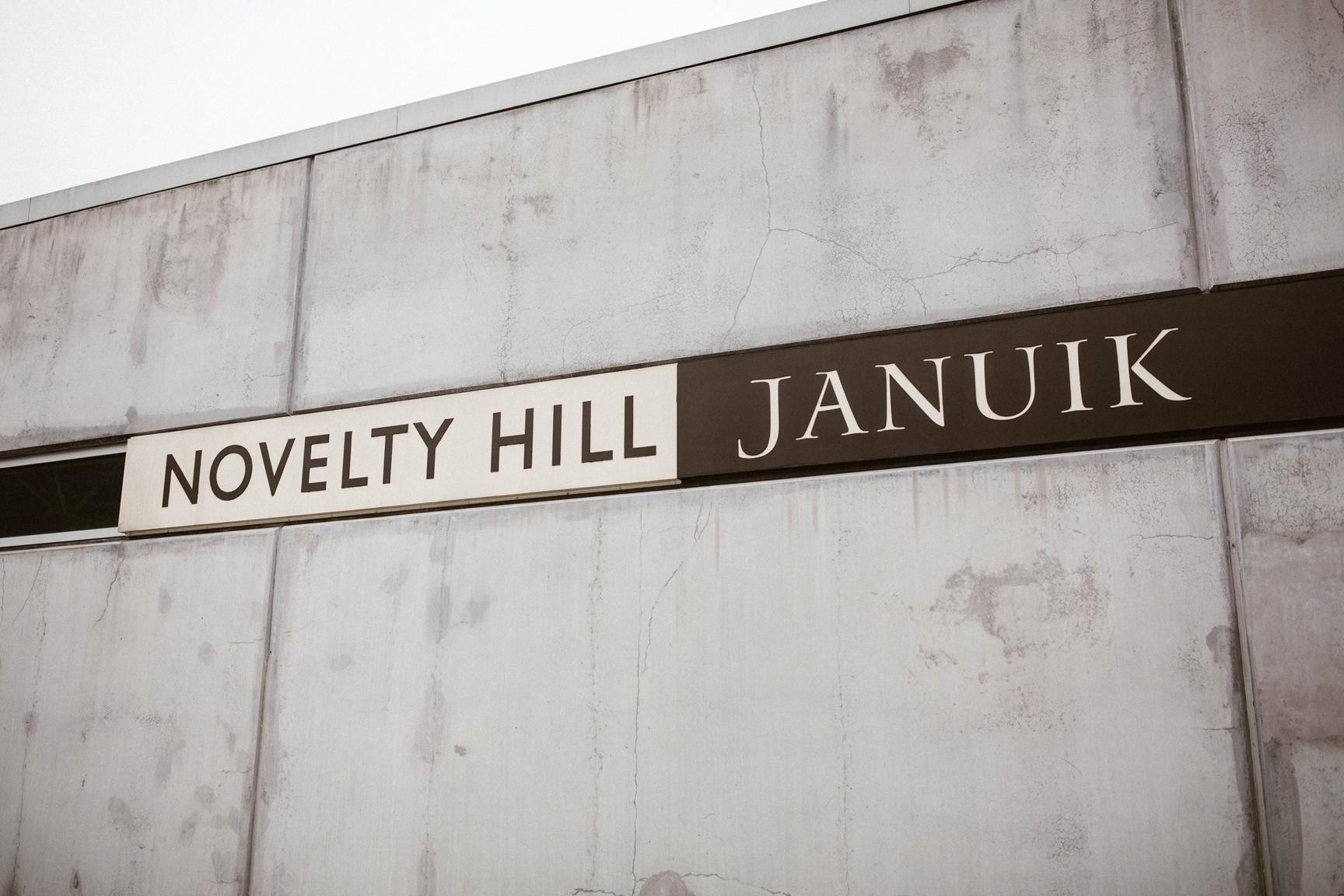 Novelty Hill - Jannuik Winery, Woodinville by Seattle wedding photographer adina preston