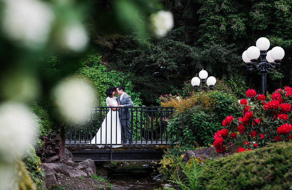 Hollywood Schoolhouse, Wedding in Woodinville, WA