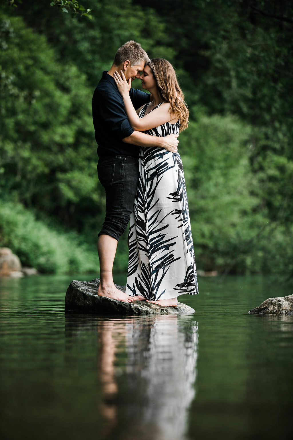 Eivind+Elyse_Engagement_Rattlesnake_lake_ridge_Seattle_Photographer_Adina_Preston_Weddings_87.JPG