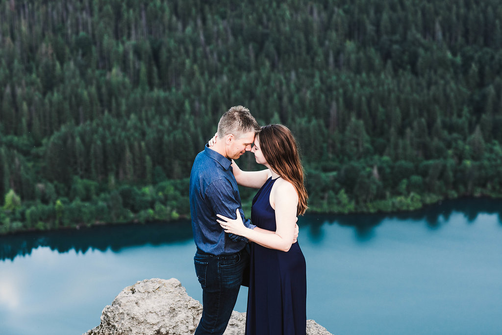 Eivind+Elyse_Engagement_Rattlesnake_lake_ridge_Seattle_Photographer_Adina_Preston_Weddings_196.JPG