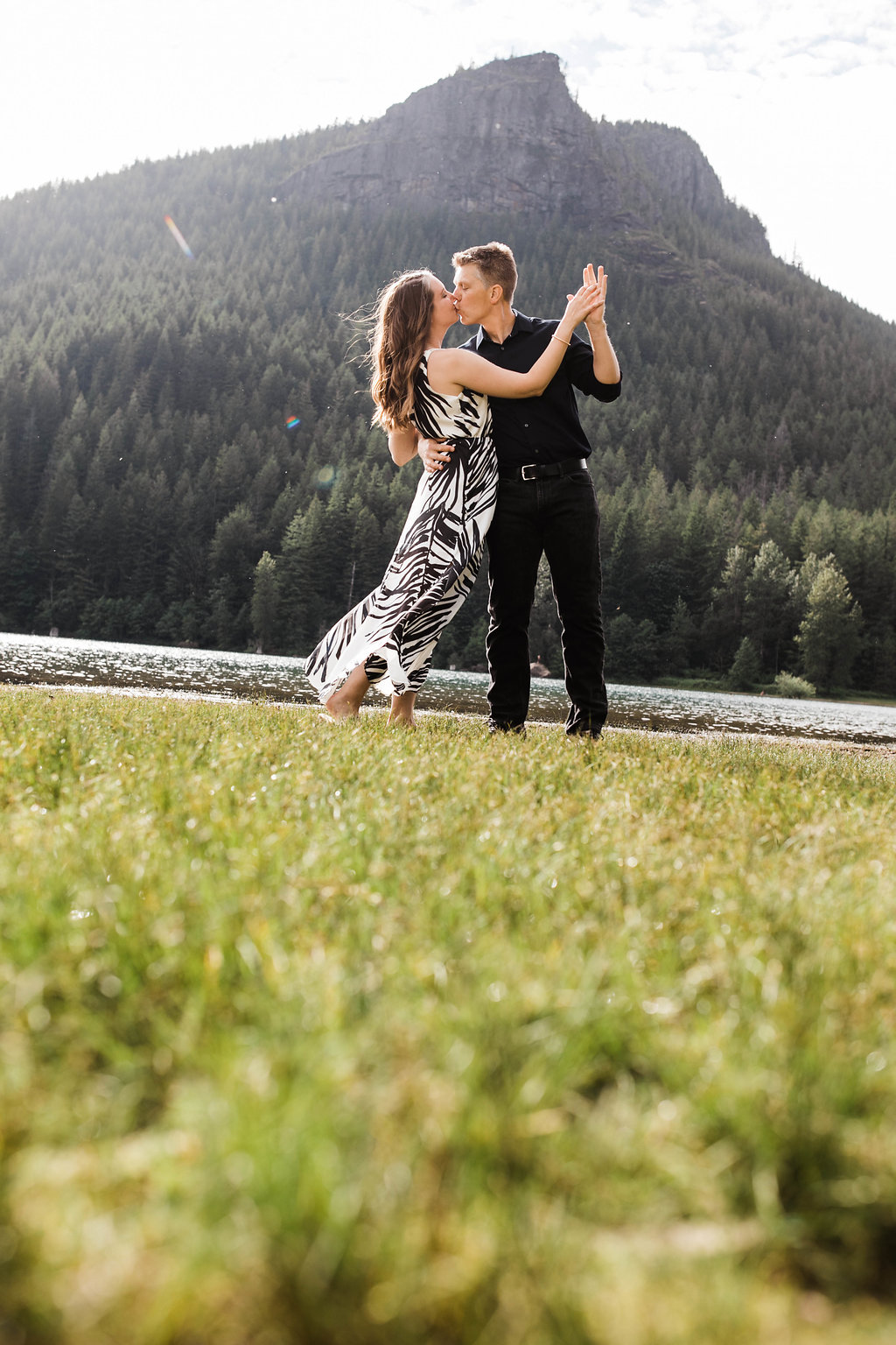 Eivind+Elyse_Engagement_Rattlesnake_lake_ridge_Seattle_Photographer_Adina_Preston_Weddings_22.JPG