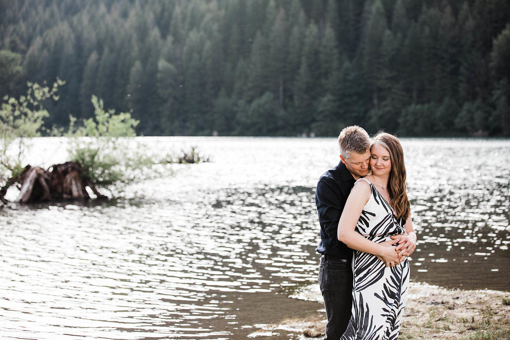 Eivind+Elyse_Engagement_Rattlesnake_lake_ridge_Seattle_Photographer_Adina_Preston_Weddings_50.JPG