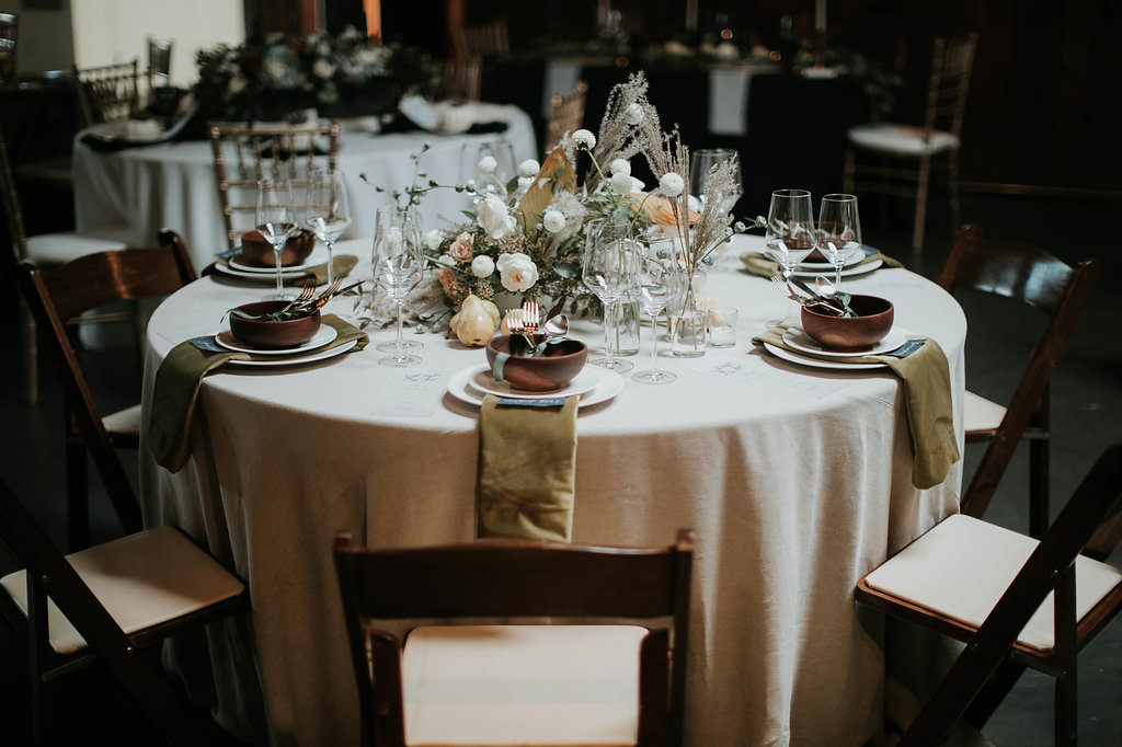 The_Big_Fake_wedding_Seattle_Within_sodo_wedding_by_Adina_Preston_Weddings_4.JPG
