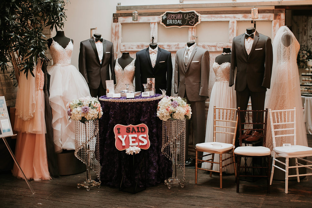 The_Big_Fake_wedding_Seattle_Within_sodo_wedding_by_Adina_Preston_Weddings_205.JPG