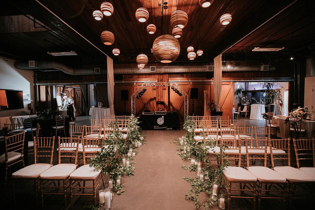 The_Big_Fake_wedding_Seattle_Within_sodo_wedding_by_Adina_Preston_Weddings_300.JPG