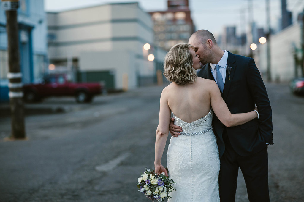seattle_wedding_venues_Seattle_wedding_photographers_within_sodo