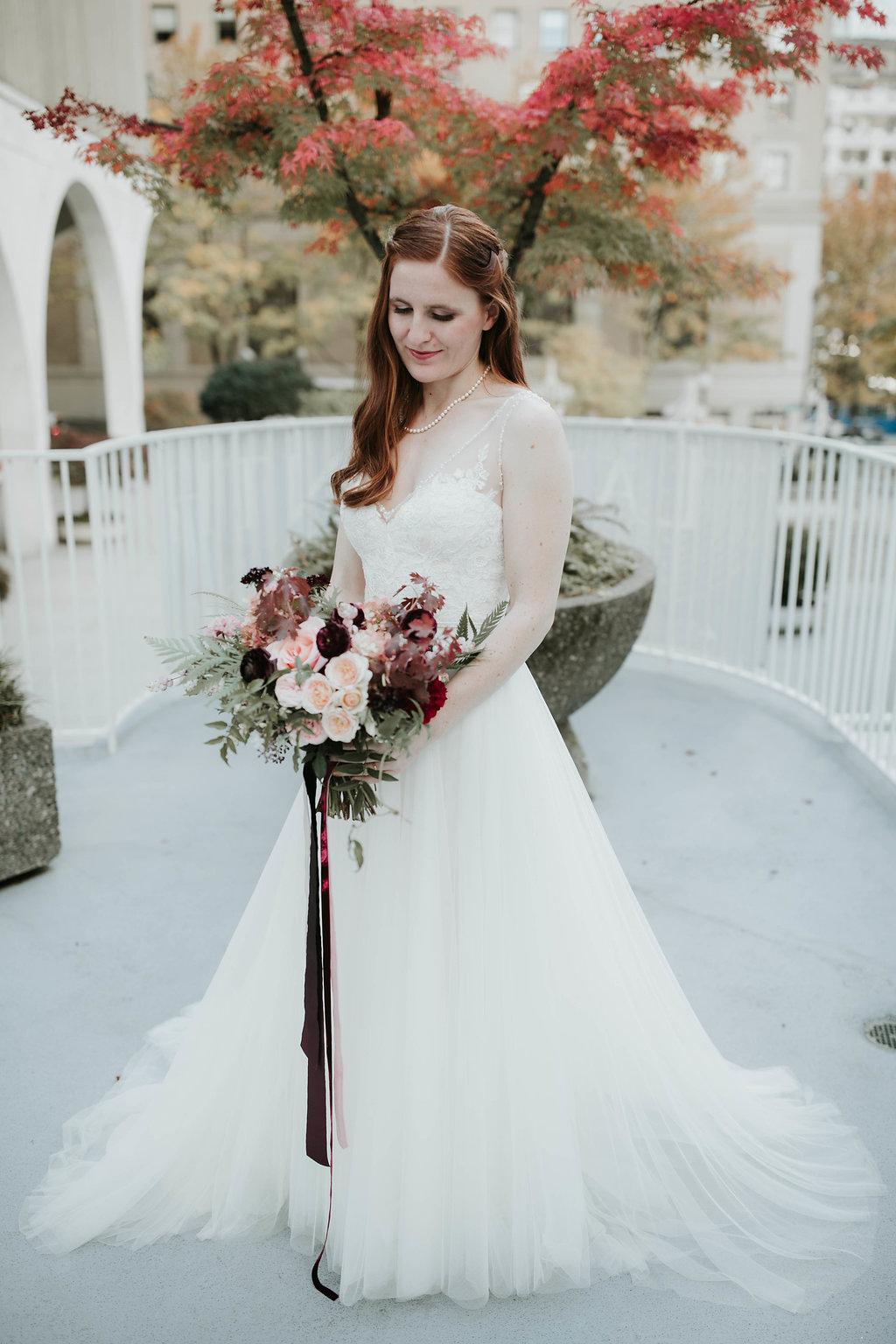 Lily+Jonathan_Fairmont_Olympic_hotel_wedding_Seattle_wedding_photographer_256.JPG