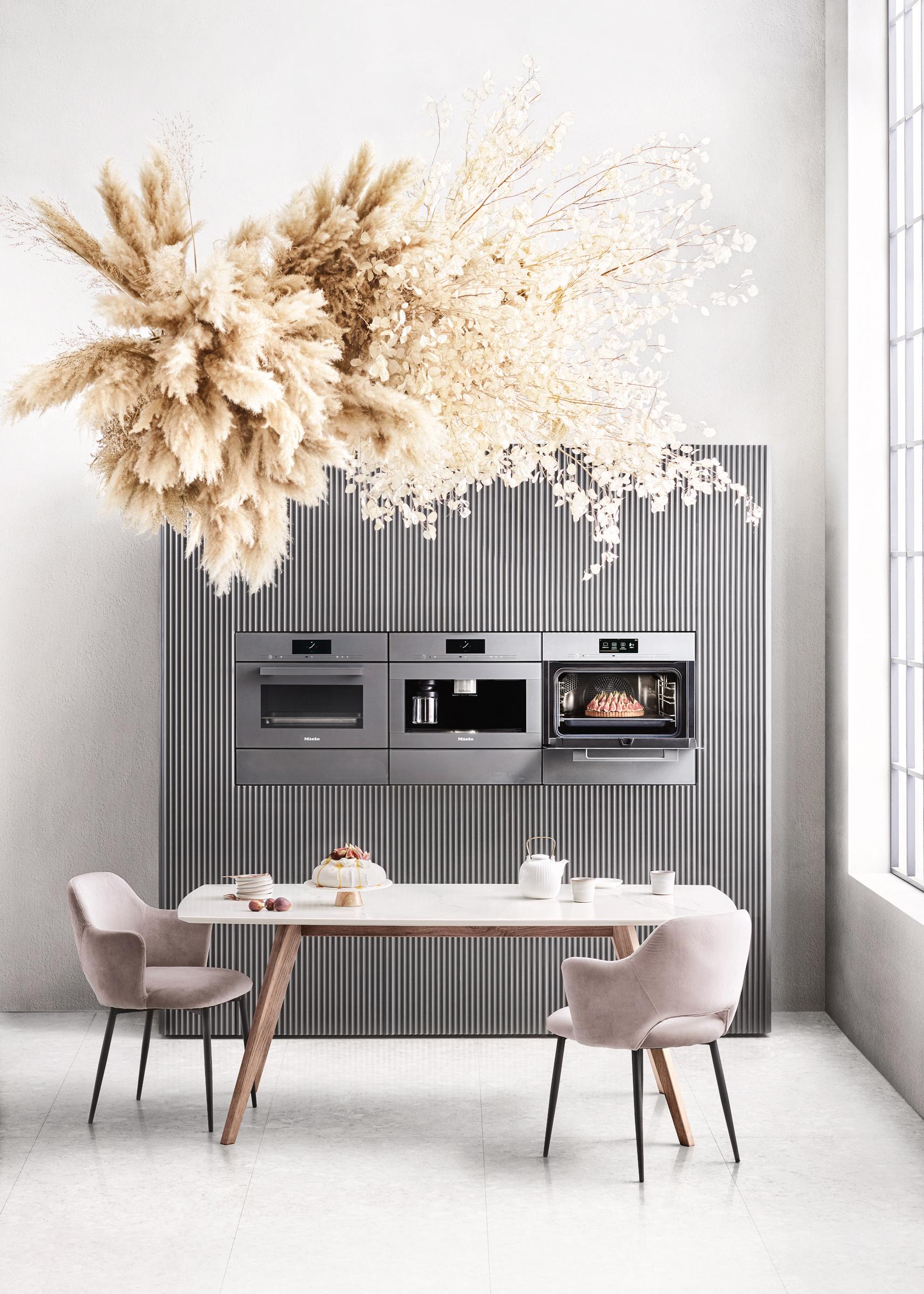 Miele Worldwide Cover image  Styling Maaike Koorman    flower art Marylennox.de   Food styling Adja Mehmet