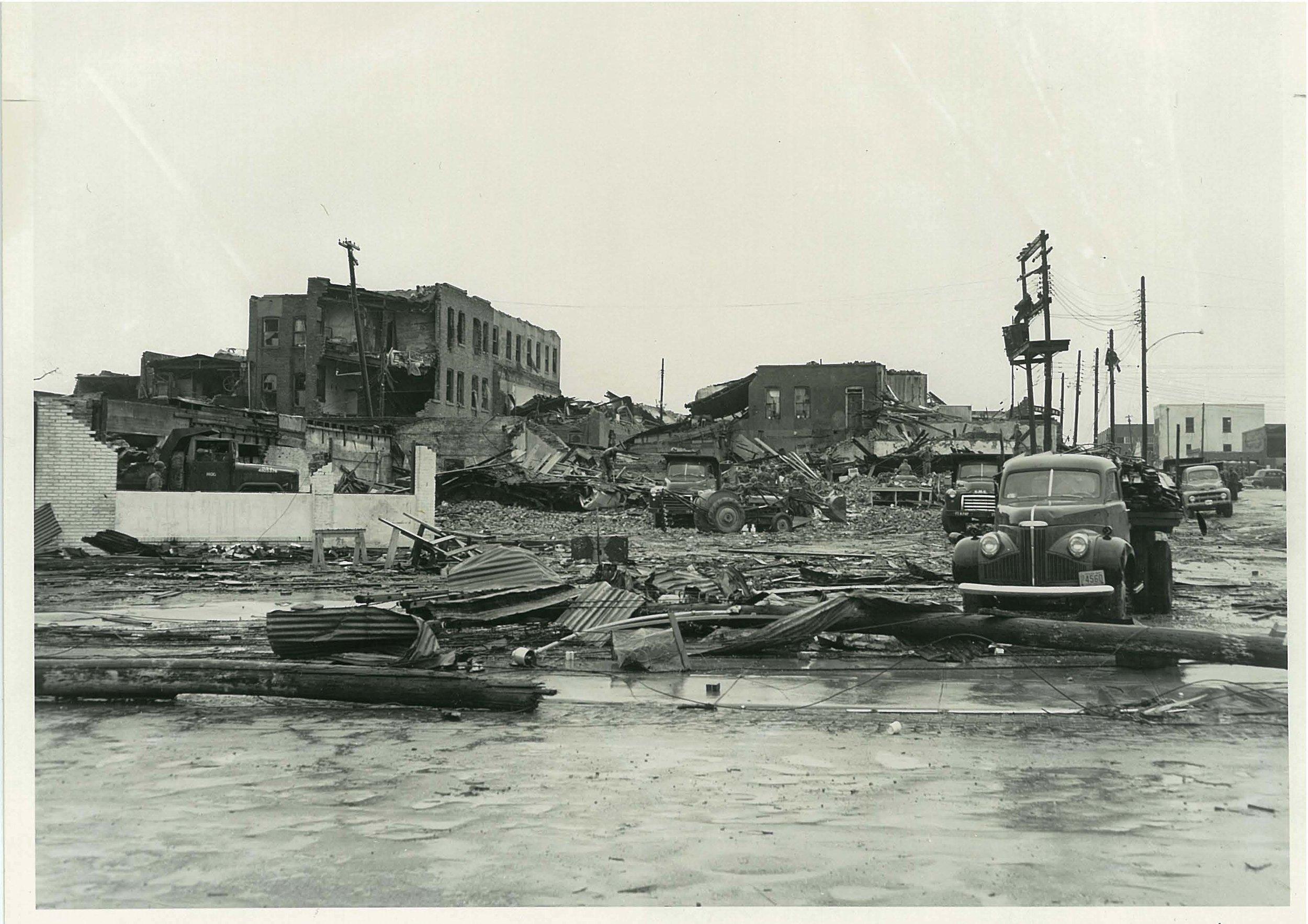 4_Waco Tornado.jpg