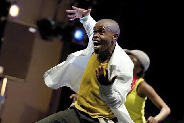 Vusi Mdoyi, photo by Chris Saunders.jpeg