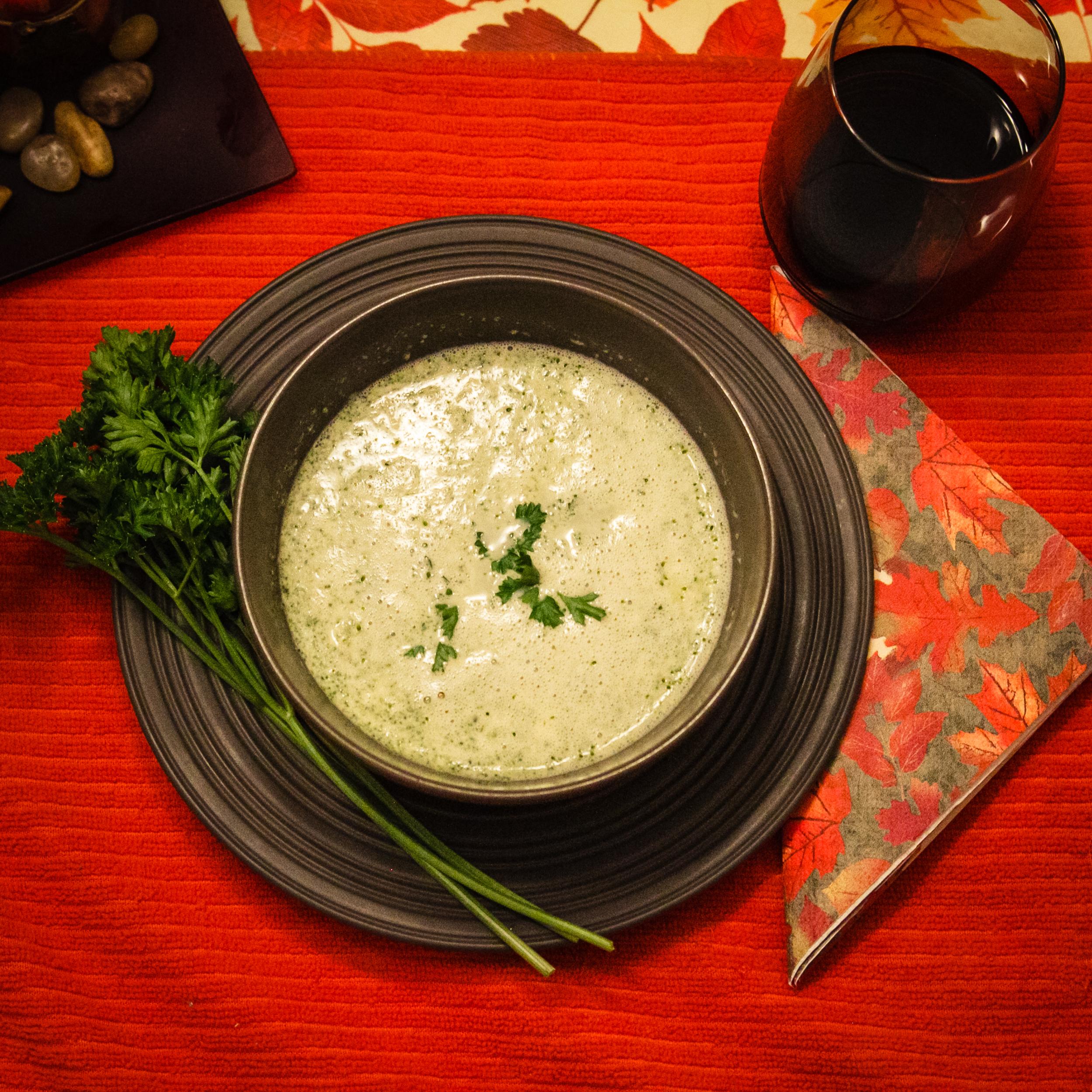 pregnancy friendly recipe // broccoli soup recipe