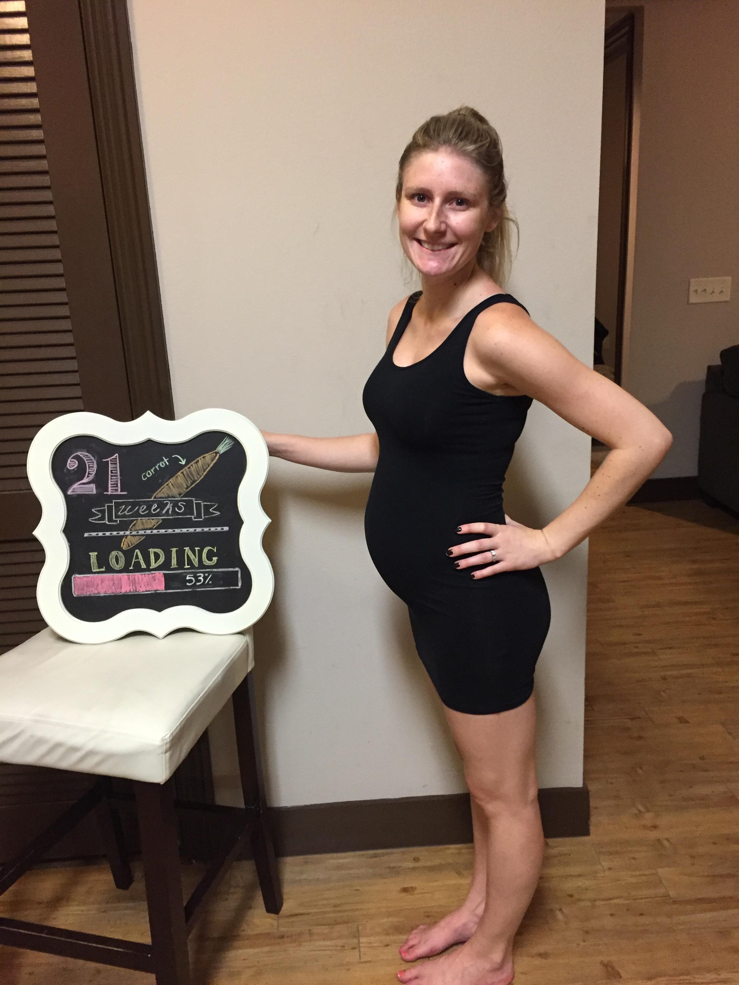 week 21 pregnancy belly pics