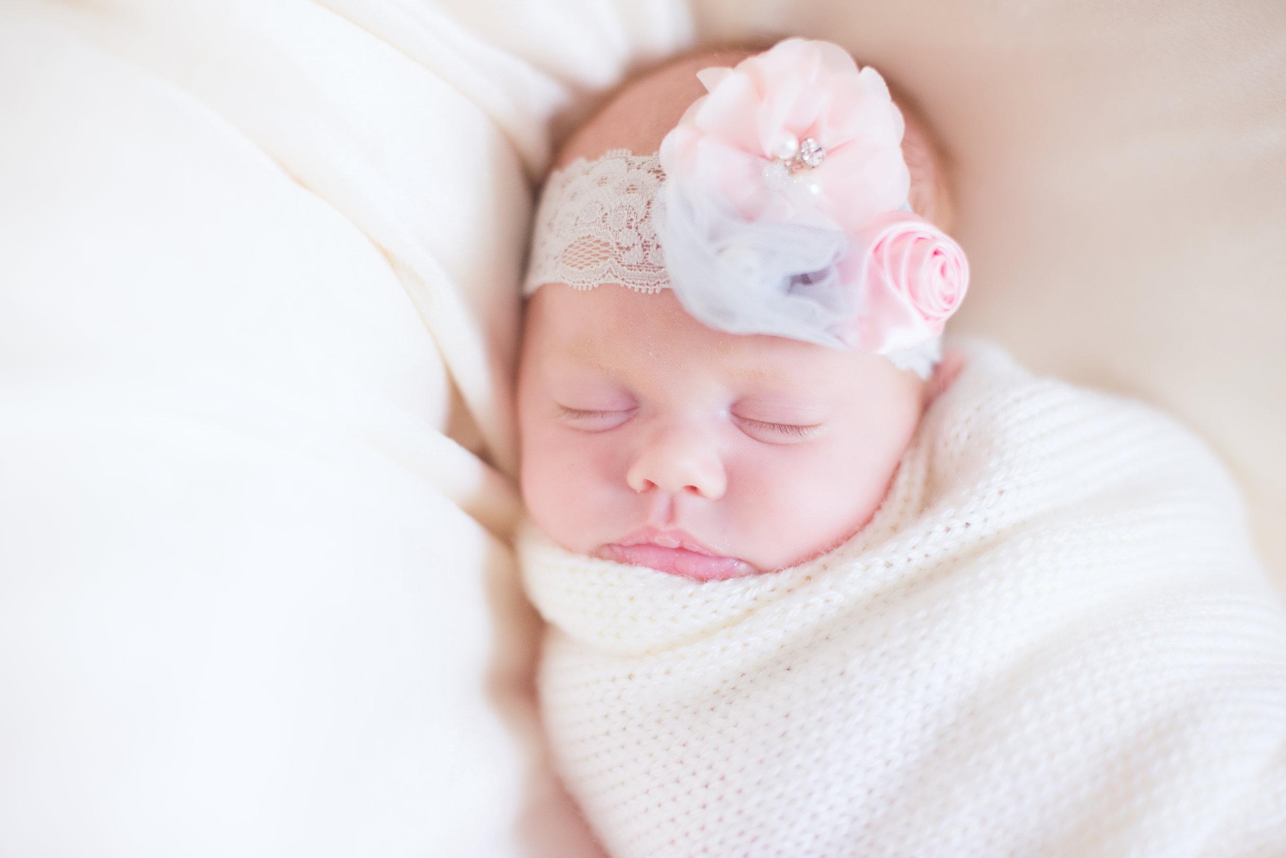 MATERNITY + NEWBORN PHOTOS | A Dreamy Boho Pink + Grey Maternity and Newborn Photos