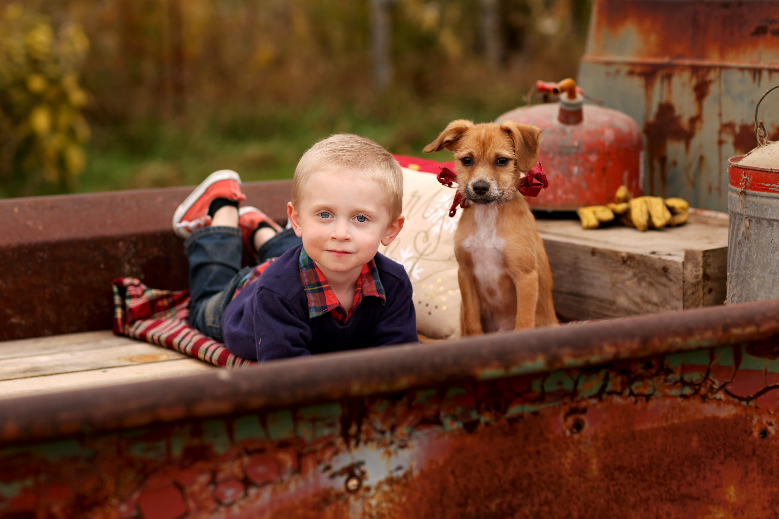 KIDS HOLIDAY PHOTOS | A Puppy for Christmas