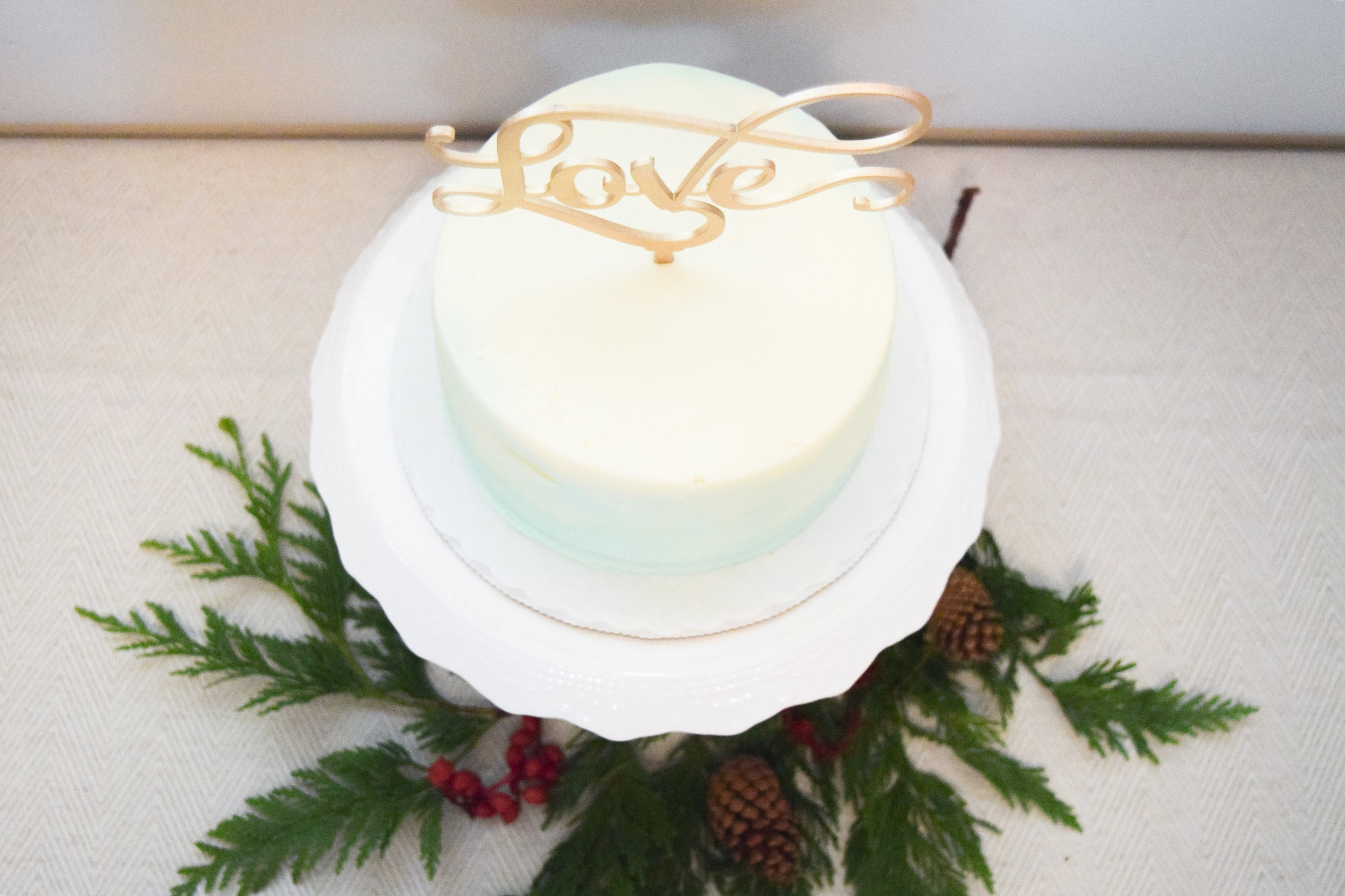 Gold Cake Topper - Seafoam Wedding Cake